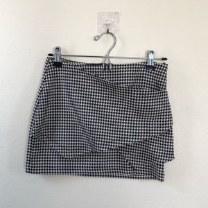 Zara Houndstooth Skirts